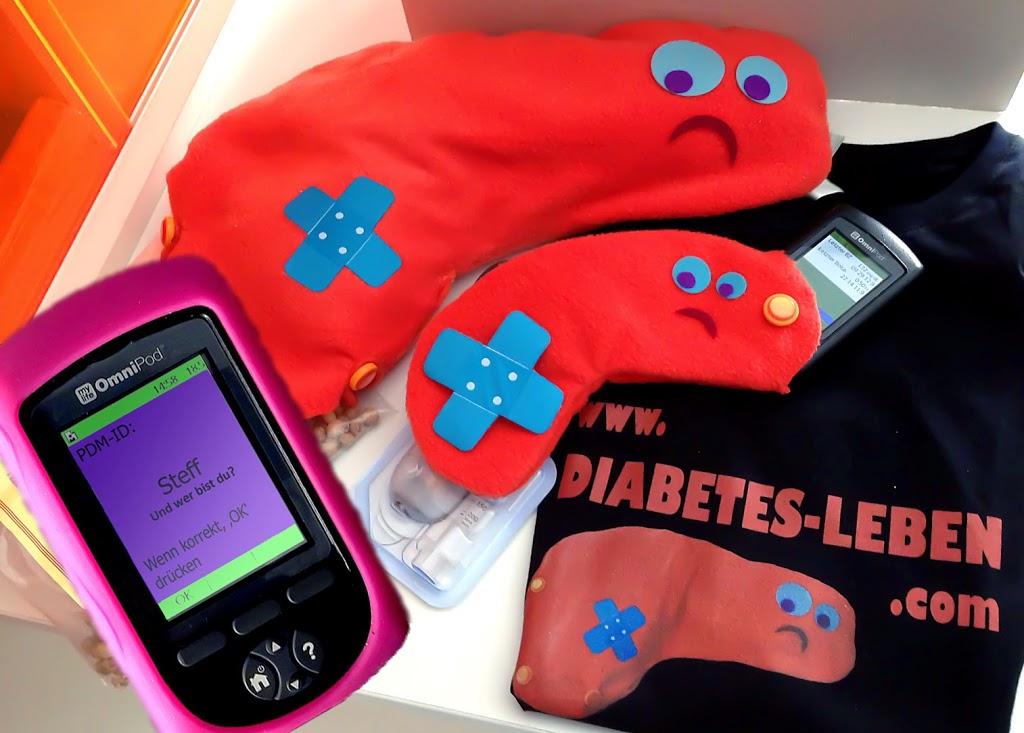 """Pankreas-Mama: ein Kirschkernkissen, Pankreas-Kind: eine Insulinpumpentasche. Im Vordergrund meine Fernbedienung/PDM meines """"externen Pankreas"""""""