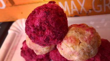 Rote-Beete-Kokos-Pralinen